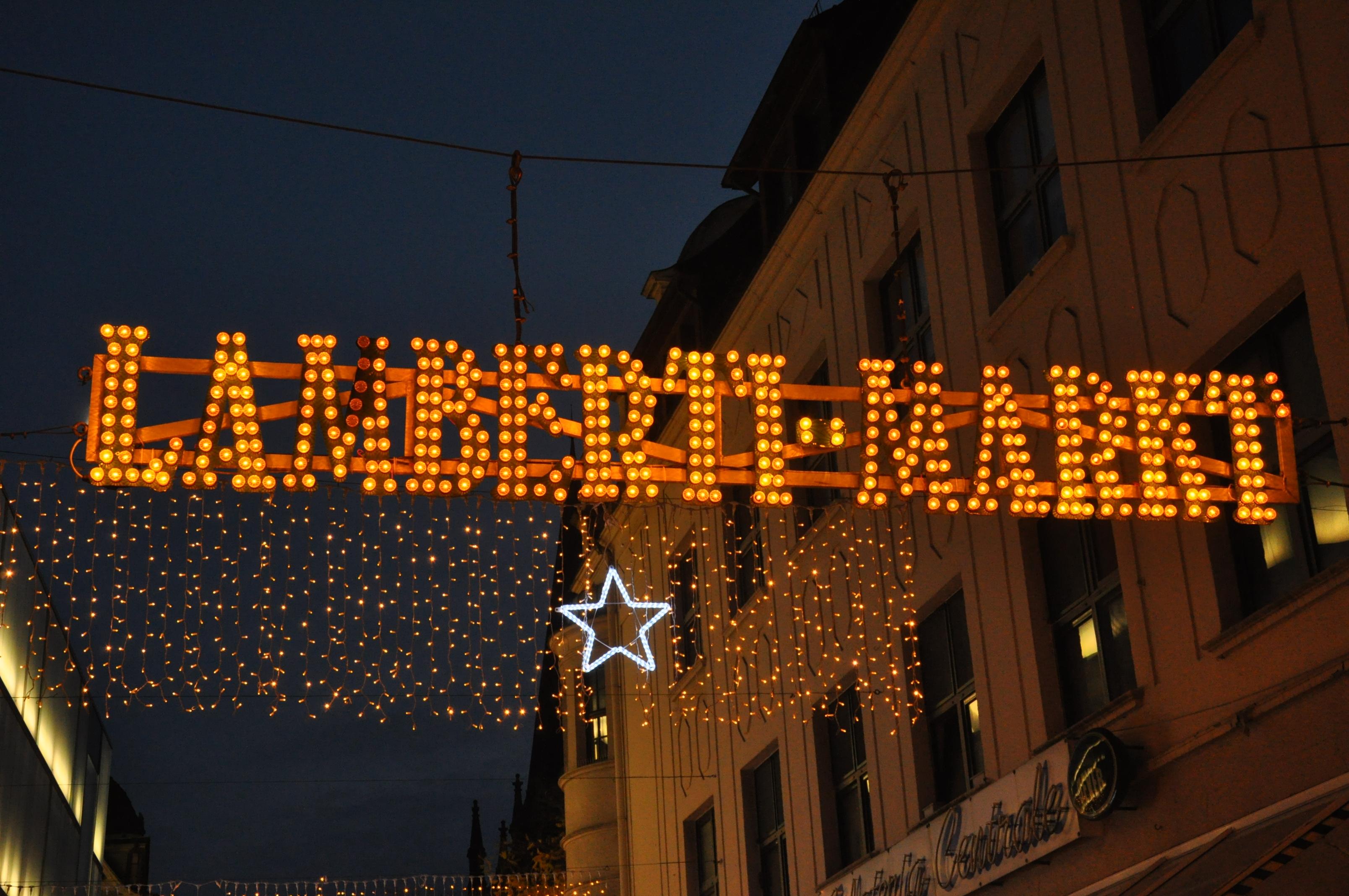 weihnachtsmarkt in oldenburg lamberti markt hotel bavaria oldenburg. Black Bedroom Furniture Sets. Home Design Ideas